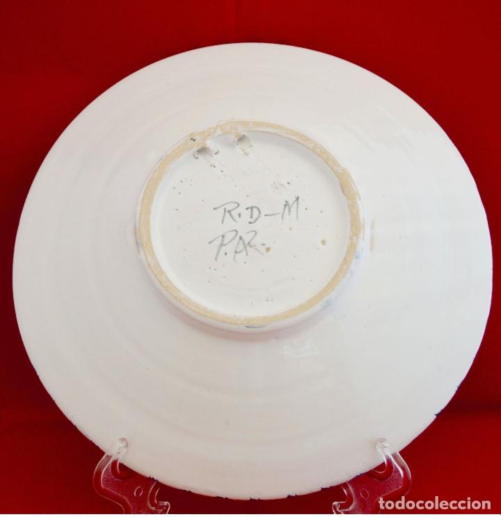 Antigüedades: PLATO CERAMICA MOTIVO CIERVO PUENTE DEL ARZOBISPO 26CM DIAMETRO - Foto 3 - 70201137