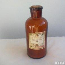 Antigüedades: ANTIGUA BOTELLA, FRASCO DE CRISTAL FARMACIA CARBONATO DE POTASA 22 CM TARRO BOTE VIDRIO COLOR AMBAR. Lote 145767986