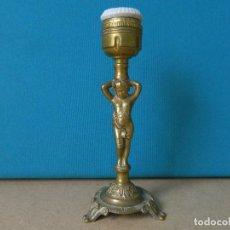 Antigüedades: LAMPARA MESILLA EN BRONCE FIGURA DE NIÑO,. Lote 145784918