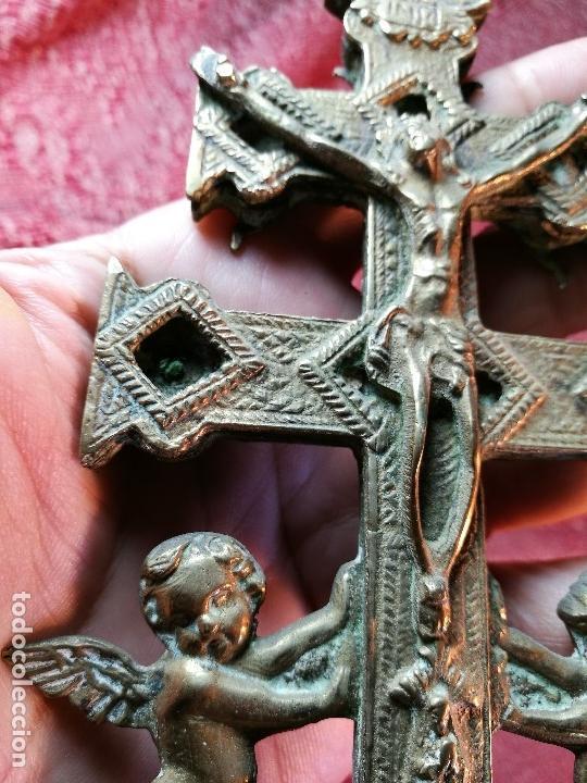 Antigüedades: EXCEPCIONAL GRAN CRUZ PORTABLE DE CARAVACA-18 CM BRONCE-EXQUISITO CINCELADO-ORIGINAL S. -XVIII - Foto 16 - 145920242
