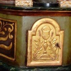 Antigüedades: SAGRARIO ESCUELA ESPAÑOLA S. XVII.MADERA TALLADA, DORADA Y POLICROMADA.127,5X53X39.5 CMS. Lote 146039330