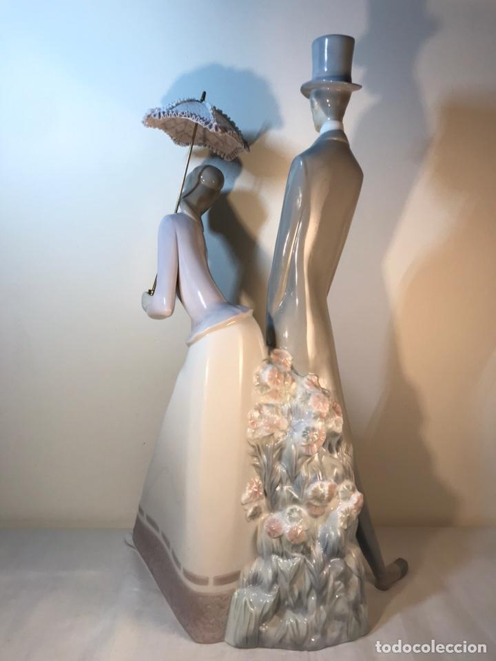 Antiques: Figura Porcelana- Lladró-Grupo con Sombrilla- 50 cm - Foto 20 - 146071933
