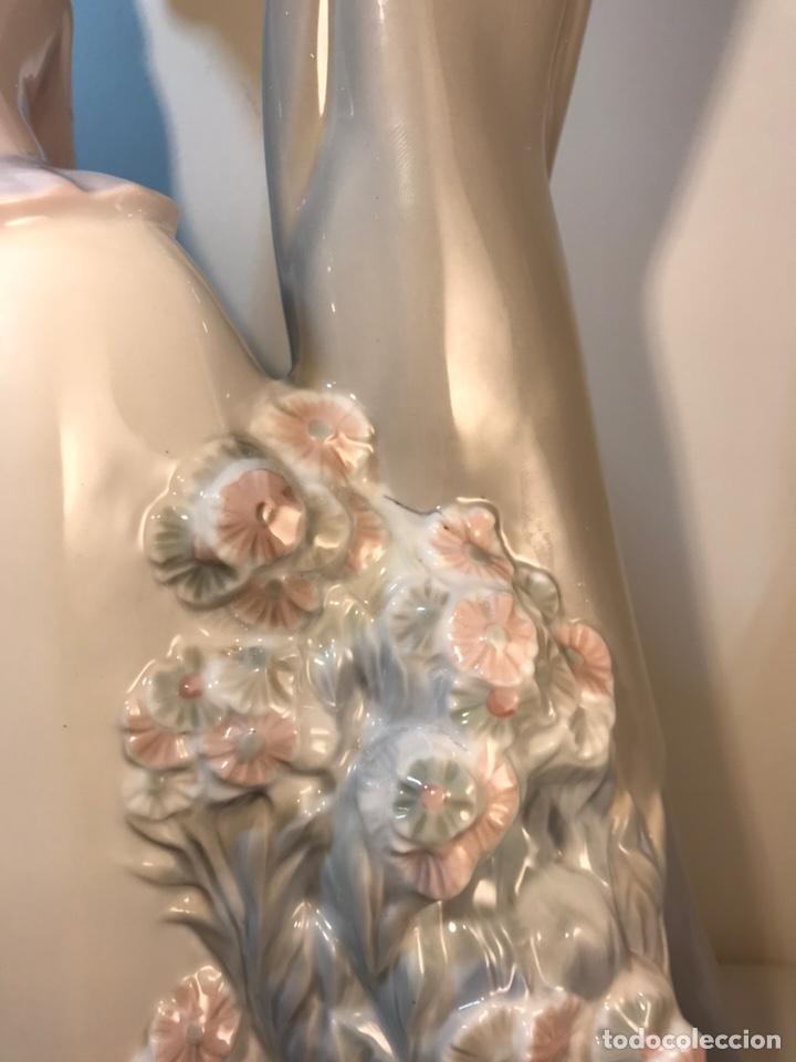 Antiques: Figura Porcelana- Lladró-Grupo con Sombrilla- 50 cm - Foto 22 - 146071933