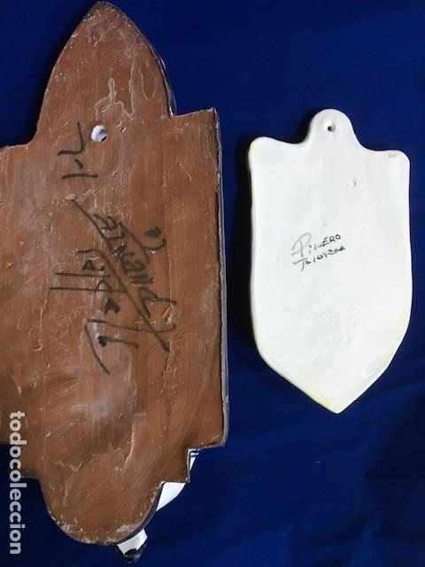 Antigüedades: 2 Benditera de Talavera una San José, otra con Cruz - Foto 2 - 146081482
