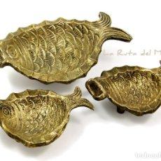 Antigüedades: TRES CENICEROS DE BRONCE - PECES. Lote 146130982