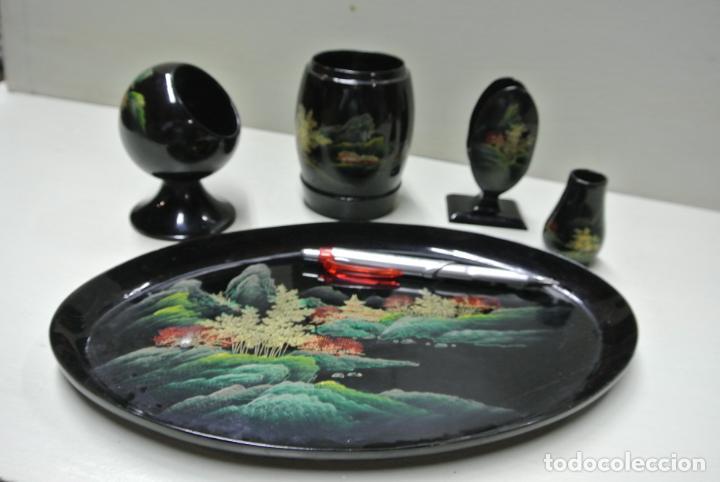 Antigüedades: Juego para escritorio. Madera lacada y pintada a mano. Chino. Oriental, Bandeja, portalapices.. - Foto 12 - 146173418