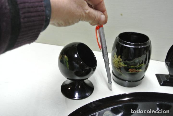 Antigüedades: Juego para escritorio. Madera lacada y pintada a mano. Chino. Oriental, Bandeja, portalapices.. - Foto 13 - 146173418