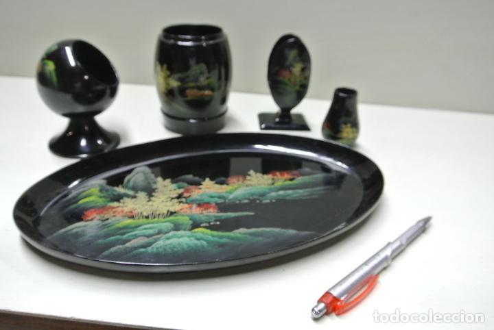 Antigüedades: Juego para escritorio. Madera lacada y pintada a mano. Chino. Oriental, Bandeja, portalapices.. - Foto 21 - 146173418