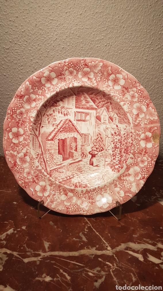 PLATO DE PORCELANA ESPAÑOLA MEDIADOS SIGLO XX. PONTESA (Antigüedades - Porcelanas y Cerámicas - Otras)