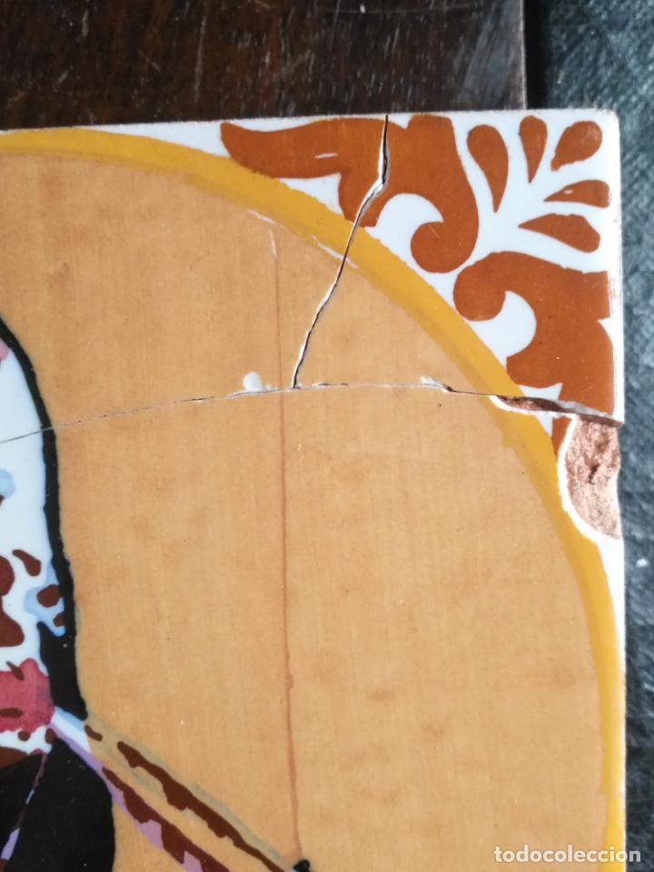 Antigüedades: antiguo azulejo pintado a mano tauromaquia toro torero matador banderillero toreo 15x15 cm sevilla ? - Foto 4 - 146201154