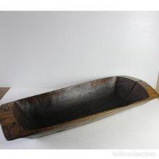 Antigüedades: ANTIGUA ARTESA DE MADERA DE CASTAÑO. Lote 146403270