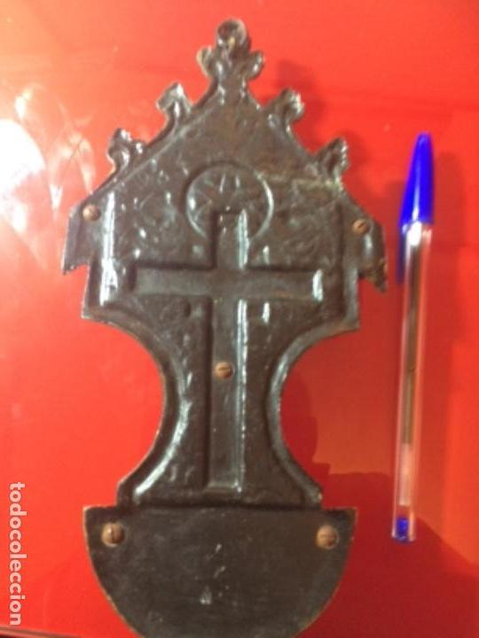 Antigüedades: Antigua benditera bronce altar de Cristo - Foto 5 - 146424014