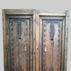 Antigüedades: PUERTA ANTIGUA DE INTERIOR TALLADA. Lote 118752531