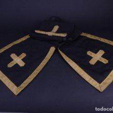 Antigüedades: ANTIGUA ESTOLA NEGRA CON BORDADOS ORO GRAN FORMATO. Lote 146500490