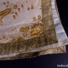 Antigüedades: ANTIGUO LIENZO DE SEDA BLANCO CON BORDADOS ORO. Lote 146504738