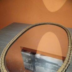 Antigüedades: ANTIGUO ESPEJO OVALADO DE METAL (SALIDA 1€). Lote 146518958
