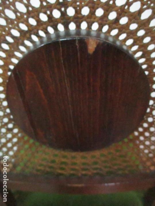 Antigüedades: Pareja de Sillas - Madera de Haya, Tallada y Torneada - Tapicería en Terciopelo y Rejilla, Perfecta - Foto 14 - 146527370