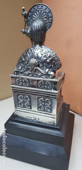 Antigüedades: Figura de santiago apostol de plata de ley con pedestal - Foto 5 - 146614962