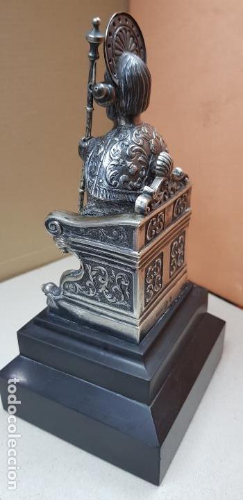 Antigüedades: Figura de santiago apostol de plata de ley con pedestal - Foto 8 - 146614962