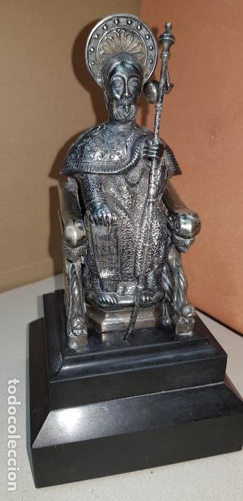 Antigüedades: Figura de santiago apostol de plata de ley con pedestal - Foto 11 - 146614962