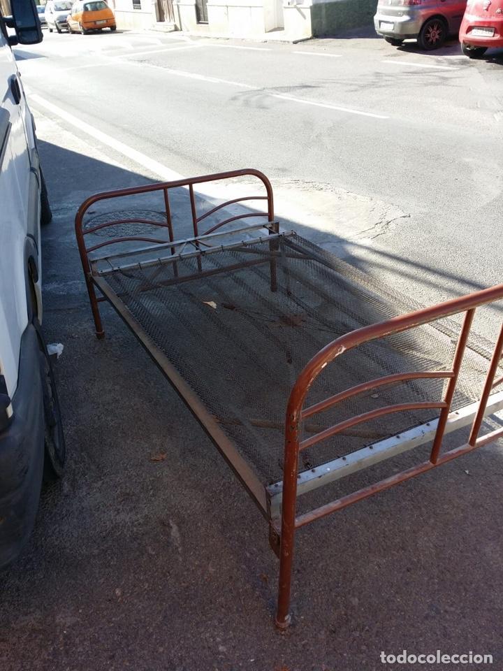 Antigua cama 105 o plaza y media de hierro con comprar - Camas antiguas de hierro ...