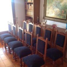 Antigüedades - Diez sillas tapizadas en negro - 146709610