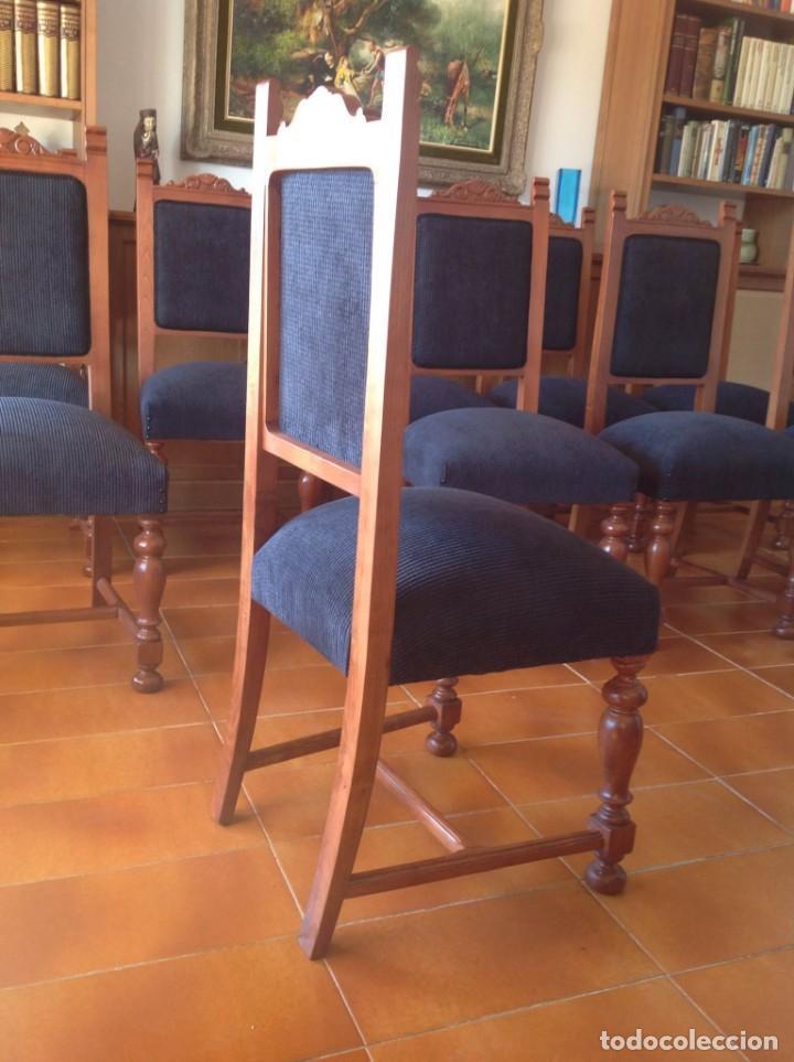 Antigüedades: Diez sillas tapizadas en negro - Foto 2 - 146709610