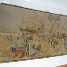 Antigüedades: ANTIGUO TAPIZ ÁRABE - ESCENAS DE MERCADO ÁRABE - BONITOS COLORES - PRINCIPIOS S. XX. Lote 146826622