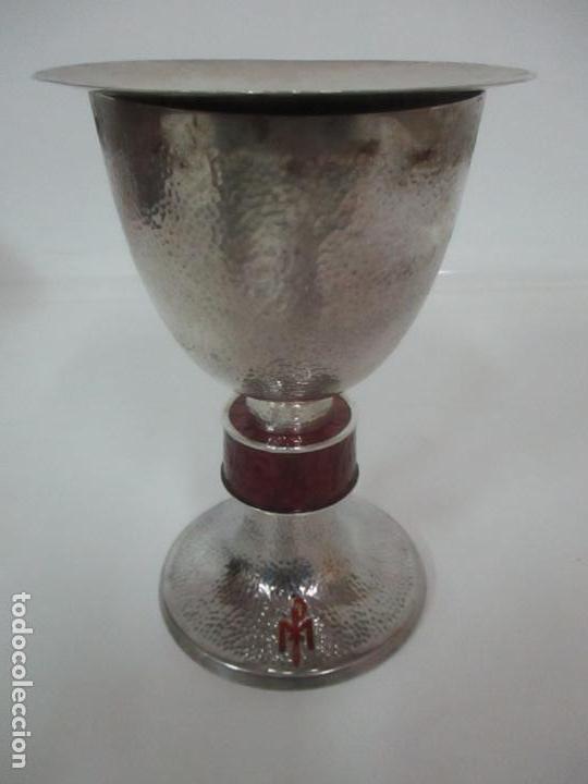 Antigüedades: Cáliz de Plata con Contrastes y Esmalte -Interior del Cáliz Dorado -Patena y Caja (Estuche) Original - Foto 3 - 152021761