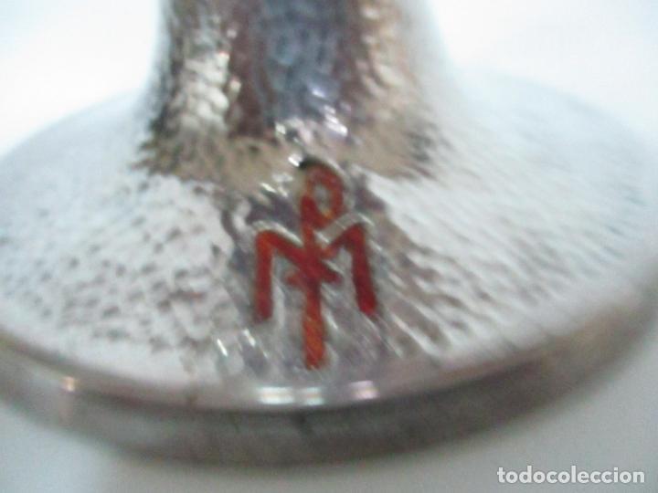 Antigüedades: Cáliz de Plata con Contrastes y Esmalte -Interior del Cáliz Dorado -Patena y Caja (Estuche) Original - Foto 4 - 152021761