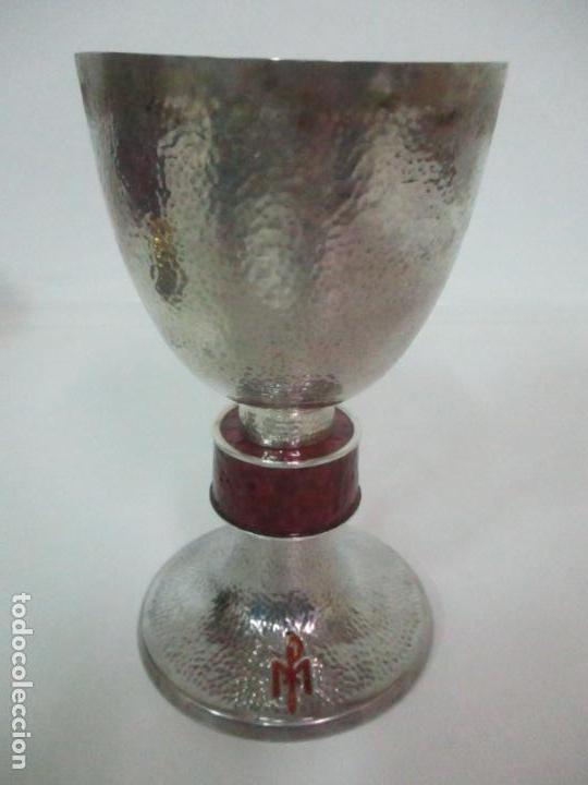 Antigüedades: Cáliz de Plata con Contrastes y Esmalte -Interior del Cáliz Dorado -Patena y Caja (Estuche) Original - Foto 9 - 152021761