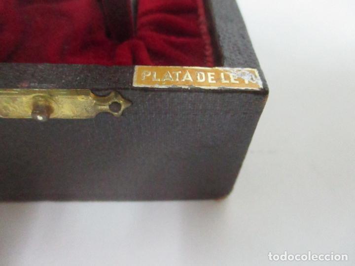 Antigüedades: Cáliz de Plata con Contrastes y Esmalte -Interior del Cáliz Dorado -Patena y Caja (Estuche) Original - Foto 14 - 152021761