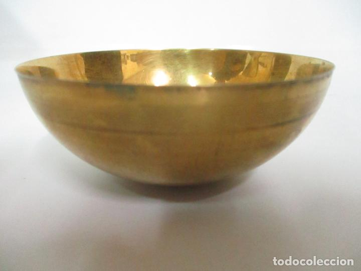 Antigüedades: Cáliz de Plata con Contrastes y Esmalte -Interior del Cáliz Dorado -Patena y Caja (Estuche) Original - Foto 15 - 152021761
