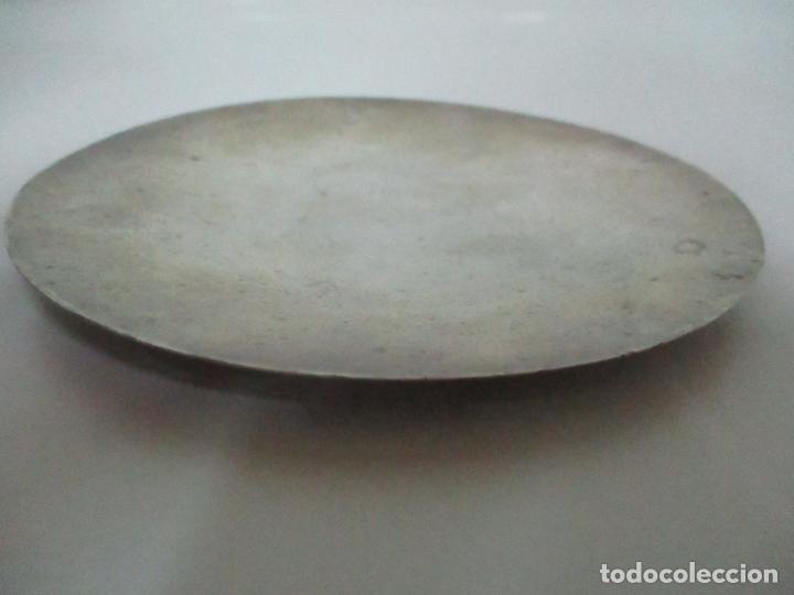 Antigüedades: Cáliz de Plata con Contrastes y Esmalte -Interior del Cáliz Dorado -Patena y Caja (Estuche) Original - Foto 18 - 152021761