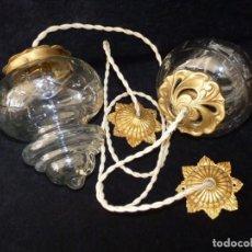 Antigüedades: PAREJA DE FAROLES CON TULIPAS DE CRISTAL TALLADO 20X15 CM. CABLE TRENZADO. MODERNISTA. LÁMPARAS. Lote 146852678