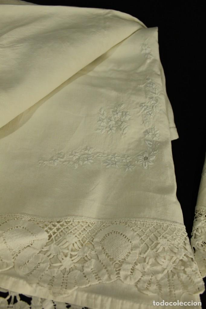 Antigüedades: t2 Sábana algodón grueso y lino, iniciales VP encaje de bolillo - Foto 8 - 146871050