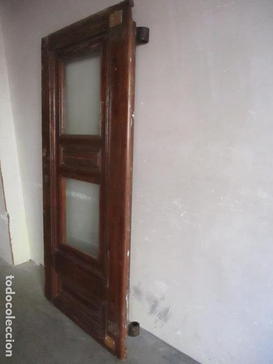 Antigüedades: Antigua Puerta, Portón - Madera de Pino - Cristal - Ancho 107 cm - Altura - 220,5 cm - S. XIX - Foto 11 - 146906730