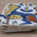 Antigüedades: ANTIGUO AZULEJO DE TOLEDO - OLAMBRILLA -TECNICA PINTADA - MUDEJAR - SIGLO XV-XVI. Lote 146937466