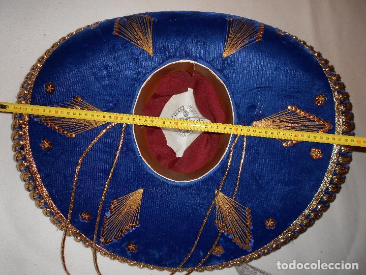 Antigüedades: SOMBRERO MEJICANO PIGALLE XXXXX SALAZAR HECHO EN MEXICO 59 CM AZUL DORADO BLANCO MARIACHI - Foto 9 - 146963646