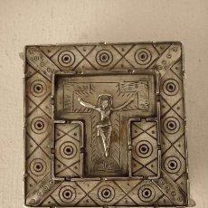 Antigüedades: RELICARIO DE PLATA Y HUESO, 9 CM. Lote 146997614