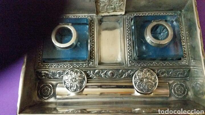 Antigüedades: PRECIOSO TINTERO ESCRIBANIA EN FORMA DE LIBRO TAPAS REPUJADAS - Foto 5 - 183362561