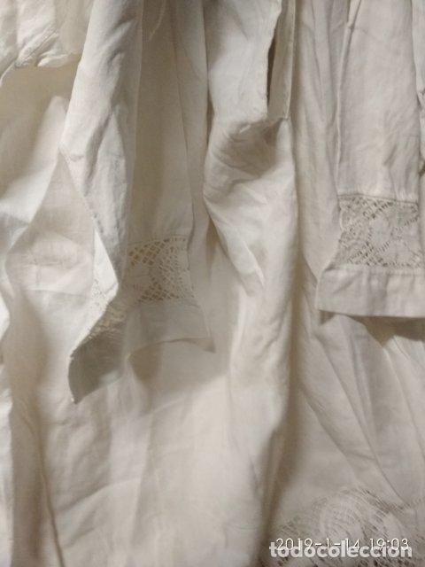 Antigüedades: ANTIGUA ALBA SOTANA DE CURA EN ALGODON GRUESO CON ENCAJE - Foto 9 - 147039390