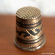 Antigüedades: PRECIOSO DEDAL DE PLATA. Lote 147060078