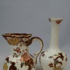 Antigüedades: ANTIGUAS JARRITA Y FLORERO PORCELANA MASON'S SERIE BRAUN VELVET. Lote 147063120