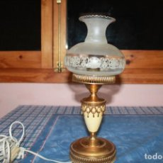 Antigüedades: LAMPARA ANTIGUA FUNCIONA. Lote 147102530