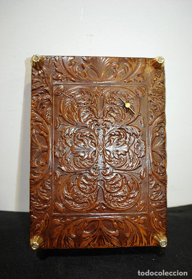 Antigüedades: PURERA ANTIGUA DE CUERO REPUJADO - Foto 5 - 147132794