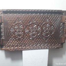 Antigüedades: BANDEJA DE MADERA . Lote 147163878
