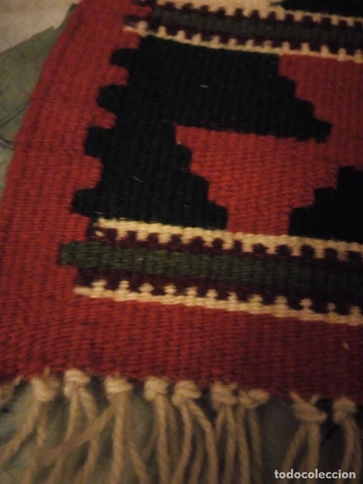 Antigüedades: Precioso tapiz azteca,colores vivos hecho a mano. - Foto 3 - 147217230