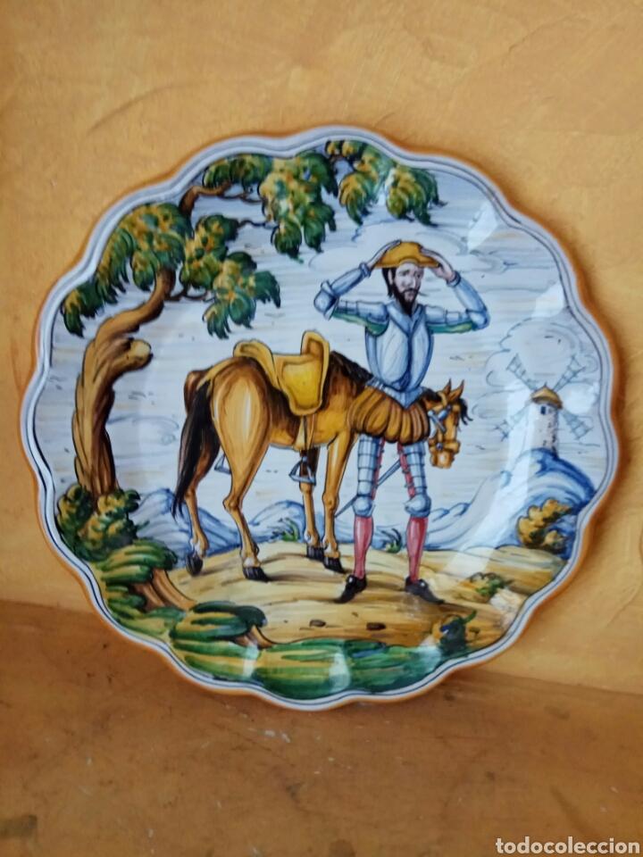 PLATO DE TALAVERA QUIJOTE 40 CM (Antigüedades - Porcelanas y Cerámicas - Talavera)