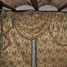 Antigüedades: ESPECTACULAR CORTINAJE PALACIEGO SXIX - 3 PARES DE CORTINAS Y COMPLEMENTOS JACQUARD DE SEDA ALGODÓN. Lote 147337606